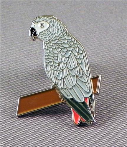 Mainly Metal Metall Emaille Brosche Vogel–Grau Parrot