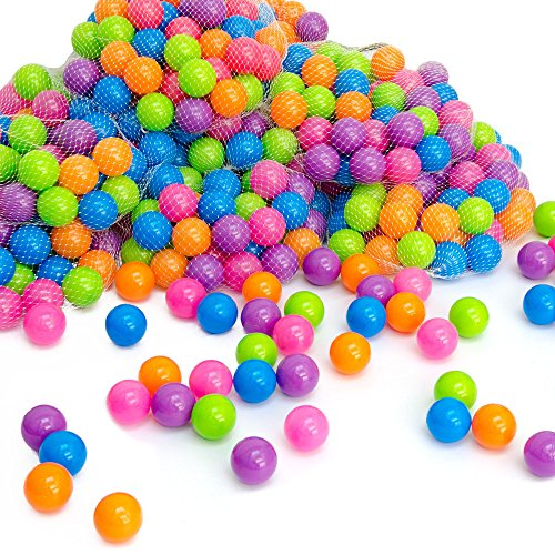 LittleTom Pelotas multicolores de plástico Ø5,5cm de diámetro | 50 pequeñas Bolas de colores para bebés | para llenar piscinas tiendas de campaña inflables para niños | mezcla de 5 colores fucsia morado anaranjado azul verde | calidad comprobada