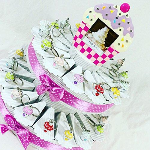 Torta 35 fette a 2 piani con 35 cupcake portachiavi con portafoto centrale con confetti e bigliettini