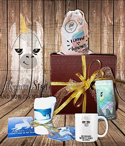 Sunnywall Alpaka Aplaca Llama | gefüllte Geschenkbox Geschenk-Set Tasse, Beutel, Seife, Handtuch, Geschenkkarte Geschenkset – Mitbringsel Geschenkidee Präsentkorb Präsentbox