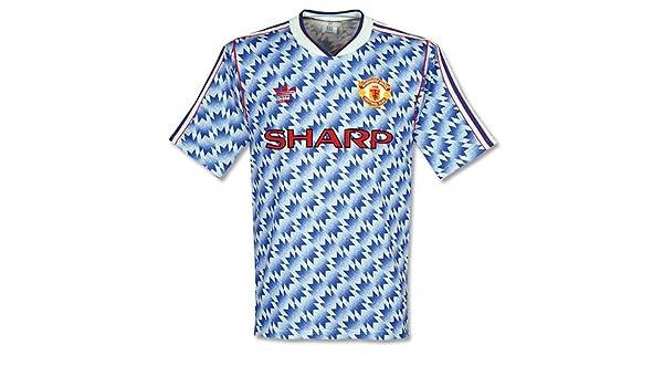 a7da4c00fad adidas 90-92 Man Utd Away Shirt - Used - L  Amazon.co.uk  Sports   Outdoors