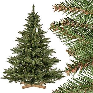 Geschmückter Künstlicher Weihnachtsbaum Mit Lichterkette.Künstliche Weihnachtsbäume Mit Lichterkette Deine Wohnideen De