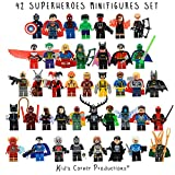 Kids Corner Productions - Super héros Lego Figures 42 Set Lot Mini figurines Marvel et DC Comics - Sac de fête avec Batman, Spiderman, IronMan, Thor, DeadPool et beaucoup plus - Compatible avec Lego