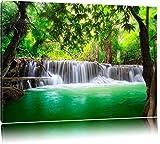 Kleiner Wasserfall im Dschungel Format: 120x80 auf Leinwand, XXL riesige Bilder fertig gerahmt mit Keilrahmen, Kunstdruck auf Wandbild mit Rahmen, günstiger als Gemälde oder Ölbild, kein Poster oder Plakat