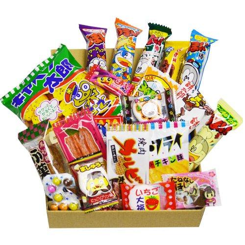 Japanische Süßigkeit Dagashi Kasten 20pcs Umaibo Imbiss Gumi Kartoffelchip Kitty Schokolade mit AKIBA KING Aufkleber