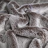 Polar Wolf - Webpelz / Kunstfell - edles Fellimitat - Stoff - besonders hochwertig - kuschelig weich (per 10 cm)