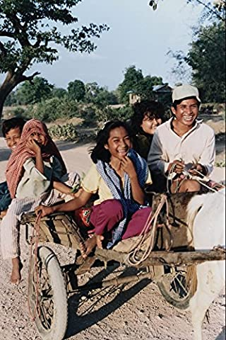 783076 Villagers Return To Their Home On A Horse drawn Carriage Batdambang Cambodia A4 Photo Poster Print
