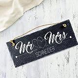 Schiefertafel mit Gravur für Ehepaare – Mr & Mrs – Personalisiert mit [Wunschnamen] - Türschild zum Aufhängen - Ideal als Geschenk für Paare zur Hochzeit, Jahrestag, zum Einzug oder zu Weihnachten -