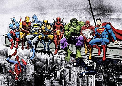 Marvel & DC Superhéroes Almuerzo En La Parte Superior De Un Rascacielos con Captain America, Iron Man, Batman, Wolverine, Deadpool, Hulk, Flash & Superman por Dan Avenell - Impresión del arte/Poster (A2 - 59.4 x 42cm)