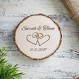 Baumscheibe mit Gravur zur Hochzeit Motiv Herzen