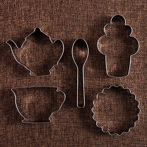 (KENIAO Ausstecher Set Tee-Party Fondant Ausstechformen für Kinder - 5 Stück - Teekanne, Teetasse, Cupcake, Löffel und Untersetzer Keksausstecher - Edelstahl)