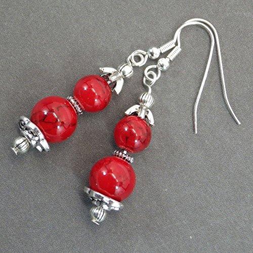 boucles-doreilles-pendantes-thurcolas-style-chic-et-classique-realisees-en-turquoise-composee-rouge-