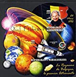 Madagascar 2012 First Astronauts in Space - Dirk Frimout PERSONALITIES FLAGS MINERALS PLANETS SATELLITES SHUTTLE JandRStamps (99591)