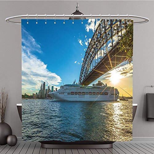 60 Sydney Australien Dezember 29 2014 Kreuzfahrtschiff unter Sydney Harbour Bridge bei Sonnenuntergang mit Skyline New South Wales Australien Polyester Stoff Bad Vorhang, Polyester, multi, 108W By 72L Inch (108 Hoch Duschvorhang)