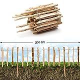 Roll-Steckzaun Haselnuss · Staketenzaun als Beeteinfassung zur Einzäunung und Abgrenzung von Beeten und Wegen · 35 x 300 cm ( Lattenabstand 7-9 cm )