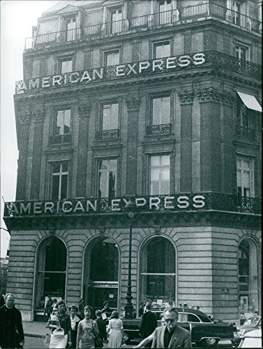 vintage-photo-of-american-express-building-1959