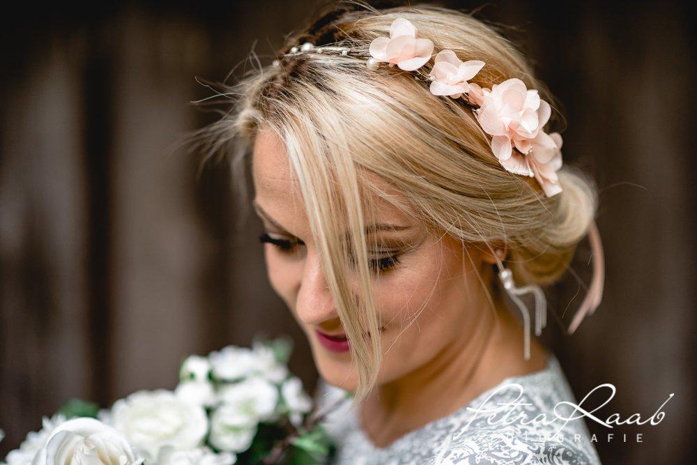 Blumenkranz Bluten Braut Frisur Hochzeit Boho C4 Frisuren Magazin
