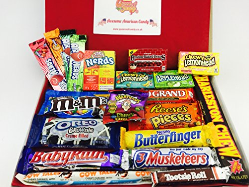 fabulous-american-sweet-hamper-filled-with-21-popular-american-candies-enough-to-get-everyones-taste