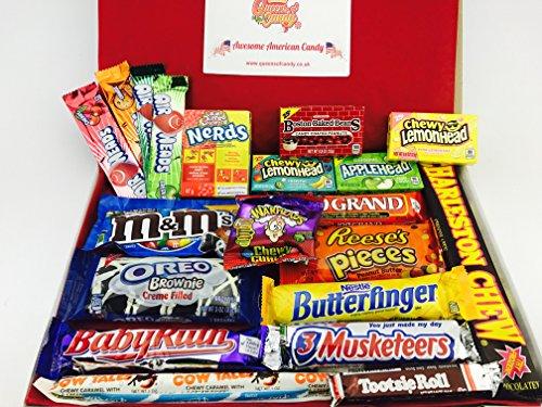 fabulous-american-sweet-hamper-filled-with-21-popular-american-candies-enough-to-get-everyones-taste