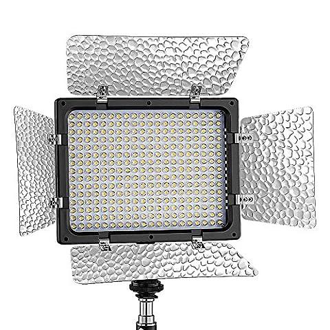 Bestlight® W300 LED Lampe Vidéo Panneau Lumière Torche Vidéo Photo Studio 6000k Barndoor Lumière de Sortie Continu Avec Filtres Pour Sony, Canon, Panasonic, Hitachi, Samsung et d'Autres Appareils Photo Numériques