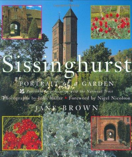 Sissinghurst: Portrait of a Garden (Bear Garden Brown)