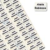 Mini etichette in nastro pre-sagomato con nome, 60 pezzi, in morbido tessuto di raso termotrasferibile, per tesserini nominativi delle uniformi scolastiche