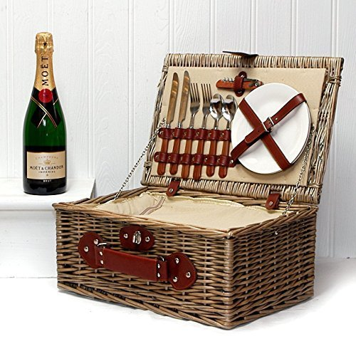 luxury-cream-lined-chiller-wicker-hamper-2-person-picnic-basket-with-moet-et-chandon-champagne-brut-