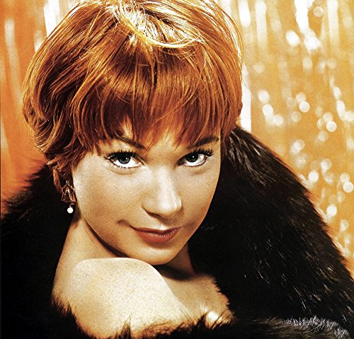 The Poster Corp Shirley MacLaine Photo Print (25,40 x 20,32 cm)