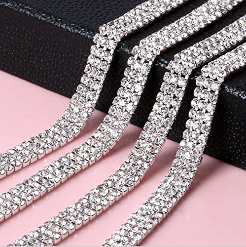 1m-silver-rhinestone-trim-chain-with-clear-diamante-crystals-studs-style-ss8-3-rows-75mm-wide-by-tri