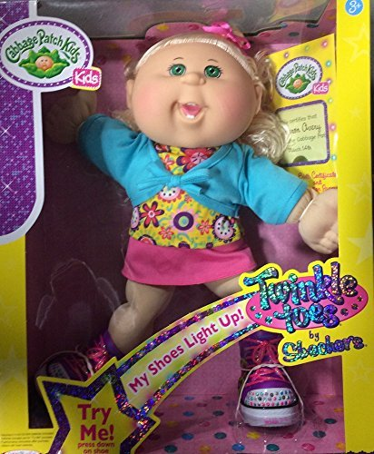 cabbage-patch-kids-twinkle-toes-caucasian-girll-doll-blond-curly-hair-green-eyes-by-jakks-pacific