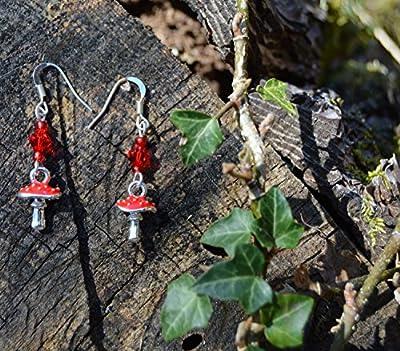 Boucles d'oreilles champignon rouge avec Cristal Swarovski et petits champignons vénéneux amanita muscaria / bijoux fée / elfe / païen / forêt / magique / sorcière / féerique