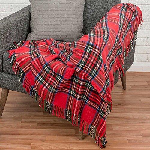 Homescapes Tagesdecke/Plaid Wallace mit schottischem Tartan-Muster in Rot - 130 x 170cm - 70% Baumwolle und 30% Polyester mit Fransen, Schottenkaro - Grünes Plaid-muster