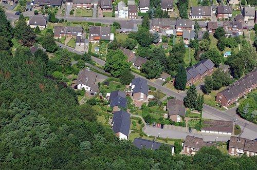 MF Matthias Friedel - Luftbildfotografie Luftbild von Am Steinacker in Grevenbroich (Neuss), aufgenommen am 20.06.05 um 11:37 Uhr, Bildnummer: 3437-01, Auflösung: 4288x2848px = 12MP - Fotoabzug 50x75cm