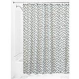 InterDesign Nora Textil Duschvorhang | Duschabtrennung in 183 cm x 183 cm | waschbarer Stoffvorhang für Badewanne und Duschwanne mit Fischgrät-Muster | Polyester grün