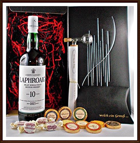 Geschenk Set Laphroaig 10 Jahre Whisky mit Flaschenportionierer + 10 Edel Schokoladen von DreiMeister & DaJa + 4 Whisky Fudge, kostenloser Versand