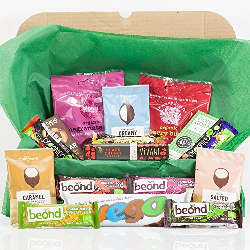 Natures Hampers Ultimate Organic Gluten-Free Vegan Snack Box - Sweet Treats - Large Vego Bar - Gluten Free Organic Healthy Vegetarian & Vegan Treats & Snacks - Birthday for Him - Birthday for Her - Christmas Gifts - Xmas Present