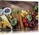 Pasta Italia mit frischen Tomaten und Gewürzen Format: 80x60 auf Leinwand, XXL riesige Bilder fertig gerahmt mit Keilrahmen, Kunstdruck auf Wandbild mit Rahmen, günstiger als Gemälde oder Ölbild, kein Poster oder Plakat