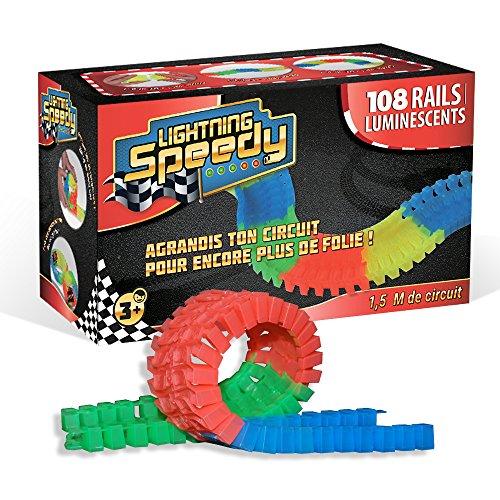 150-mtre-pour-agrandir-son-circuit-Lightning-Speedy-avec-108-rails-flexibles-et-luminescents-dans-le-noir-Vu--la-TV