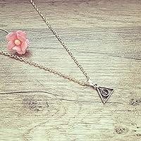 Kurze Kette kleines Dreieck Silber, Geometrie / Heiligtümer / Umhang Zauberstab Stein / triangle / vintage / ethno / hippie / must have / statement / florabella schmuck