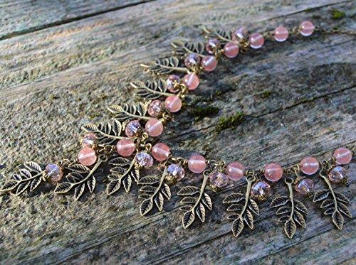 collier-quartz-rose-avec-feuilles-bronze-et-petits-cristaux-bijoux-pierre-naturel-collier-forme-y-pe