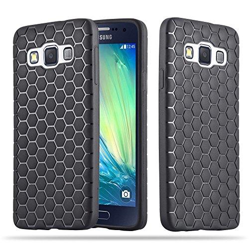 Preisvergleich Produktbild Cadorabo - TPU Ultra Slim Case Cover Silikon Schutzhülle für > Samsung Galaxy A5 2015 < in HEXAGON SCHWARZ