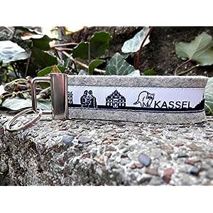 Schlüsselanhänger Schlüsselband Wollfilz hellgrau Kassel Skyline schwarz weiß!