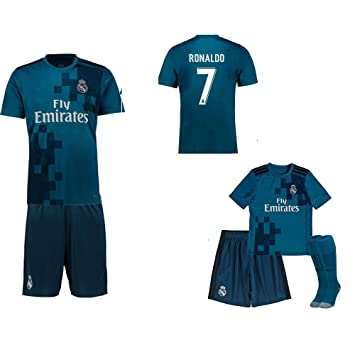 detailed look 2dd34 03c2d Real Madrid Mini Kit 6-7 Movie