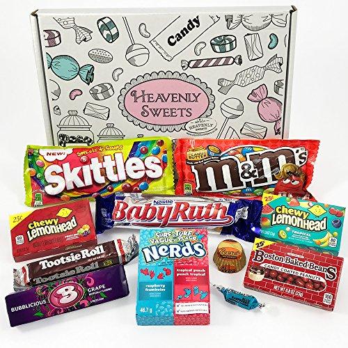 (Kleiner American Candy Geschenkkorb | Retro Süßigkeiten und Schokolade Geschenkkorb | Auswahl beinhaltet Reeses, M&M, Skittles, Nerds, Hersheys | 11 Produkte in einer tollen retro Geschenkebox)