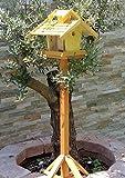 vogelhaus mit ständer, BEL-X-VOVIL4-MS-gelb002 Großes PREMIUM Vogelhaus KOMPLETT mit Ständer wetterfest lasiert, WETTERFEST, QUALITÄTS-SCHREINERARBEIT-aus 100% Vollholz, Holz Futterhaus für Vögel, MIT FUTTERSCHACHT Futtervorrat, Vogelfutter-Station Farbe gelb kräftig sonnengelb goldgelb, MIT TIEFEM WETTERSCHUTZ-DACH für trockenes Futter