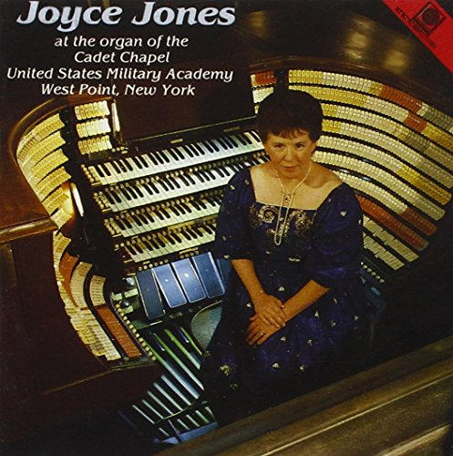 joyce-jones-at-the-cadet-chapel-new-york