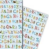 Niedliches Kinder Geschenkpapier mit englischem Alphabet für tolle Geschenk Verpackung und Überraschungen (4 Bogen, 32 x 48cm), auf blau