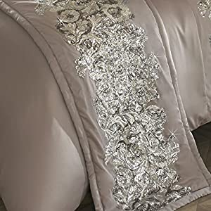 Kylie Minogue Petra Bed Runner Quilted Decorative Throw Throwover 45 x 225 cm Pewter, Silver