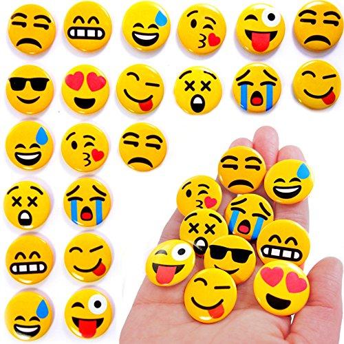 German Trendseller® - 24 x Emoji Buttons zum Anstecken ┃ Party Emoticons ┃ Pins┃ Mitgebsel ┃ Kindergeburtstag ┃ Emoji Abzeichen ┃ 24 Stück (Button-dunkle T-shirt)
