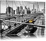 Gelbes Taxi in New York auf Brücke Format: 120x80 auf Leinwand, XXL riesige Bilder fertig gerahmt mit Keilrahmen, Kunstdruck auf Wandbild mit Rahmen, günstiger als Gemälde oder Ölbild, kein Poster oder Plakat